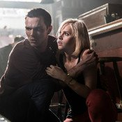 collide-felicity-jones-nicolas-hoult-top-for-pc.jpg
